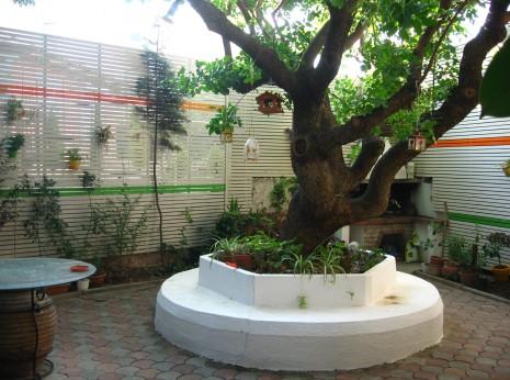 Περίφραξη κήπου με οριζόντια πηχάκια πεύκης