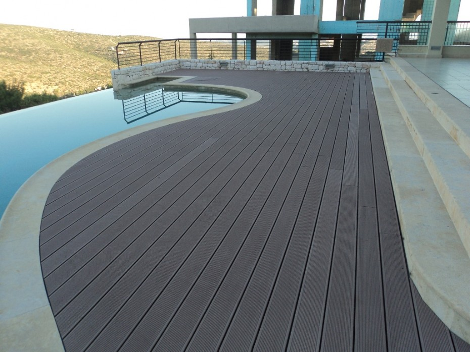 pool deck wpc relazzo treehouse. Black Bedroom Furniture Sets. Home Design Ideas