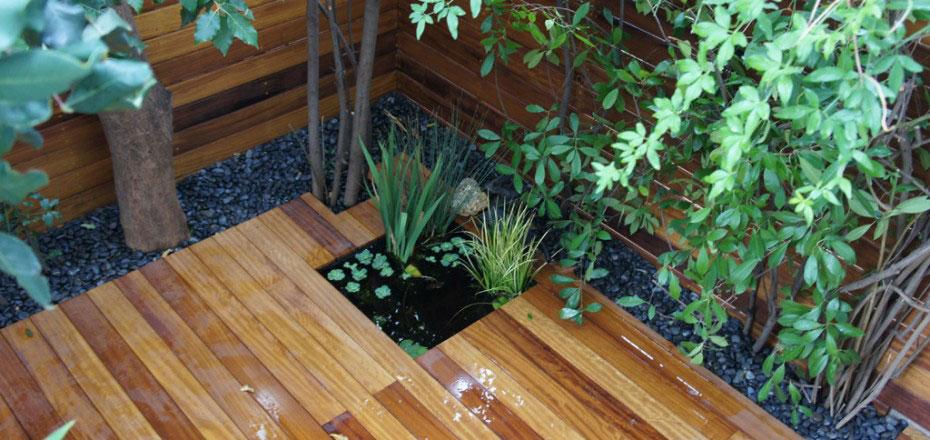 Deck με τροπική ξυλεία iroko χωρίς εμφανείς βίδες